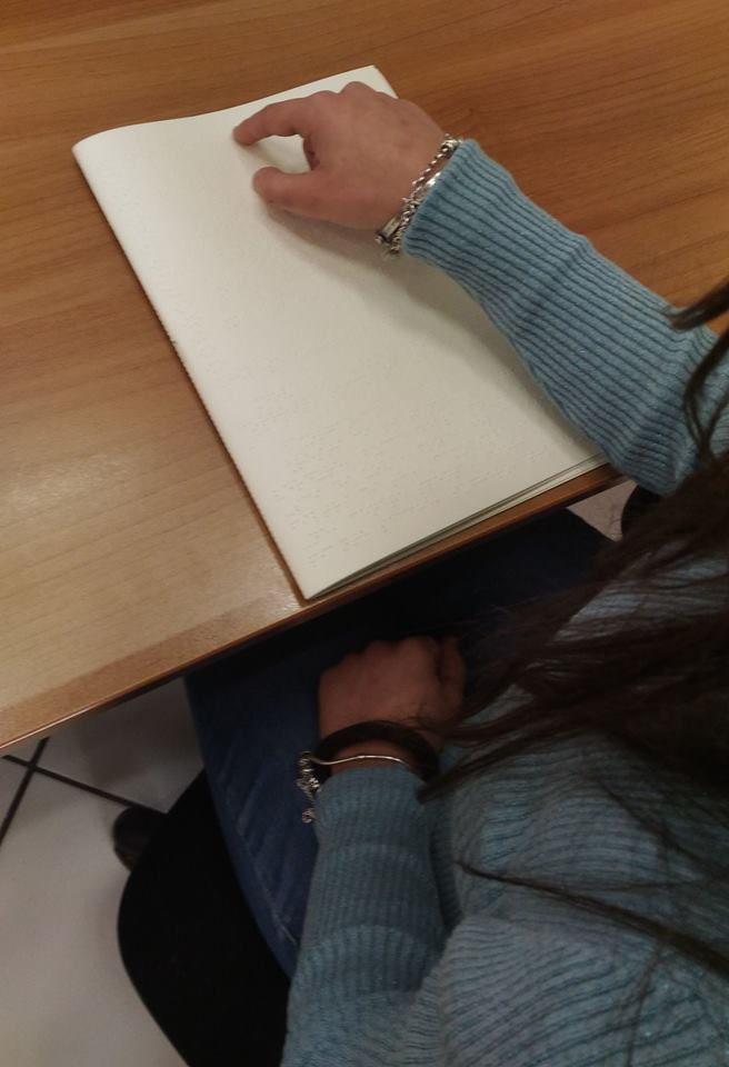 Locorotondo: la differenziata ora comunica in braille: materiali informativi anche per non vedenti